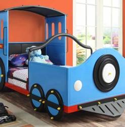 400411 Twin Train Bed
