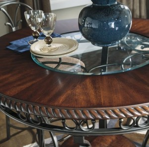 Glambrey Dining Set Table Detail