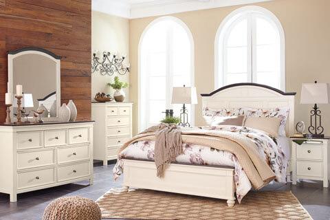 Woodanville Queen Bedroom