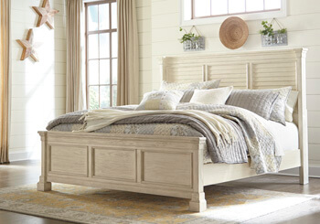 Bolanburg_Louvered_King_Bed