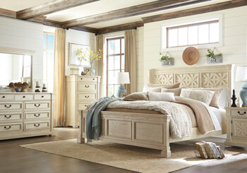 Bolanburg_Bedroom_Set