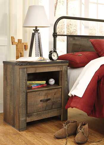 Trinell_Nightstand
